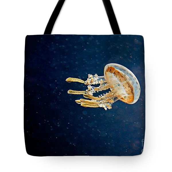 One Jelly Fish Art Prints Tote Bag