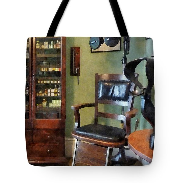 Optometrist - Eye Doctor's Office Tote Bag by Susan Savad