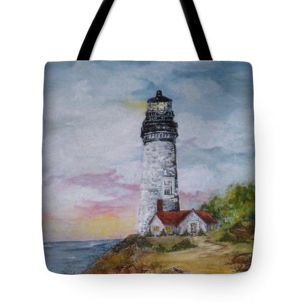 Oregon Lighthouse With Over 200 Hide And Seek Marine Life Objects Tote Bag