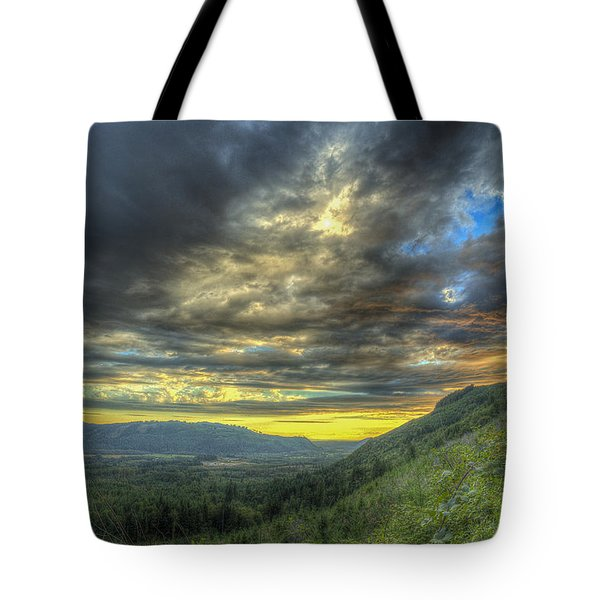 Oso Valley Tote Bag