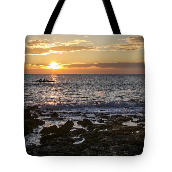 Paddlers At Sunset Horizontal Tote Bag by Denise Bird