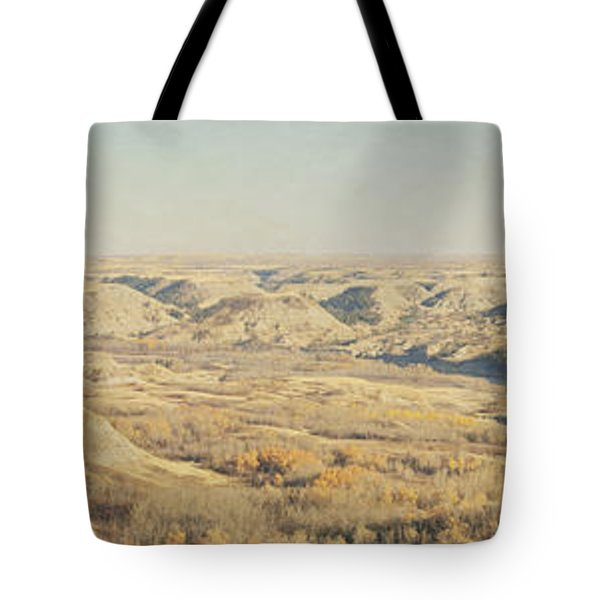 Panoramic Of The Badlands Of The Red Tote Bag by Roberta Murray
