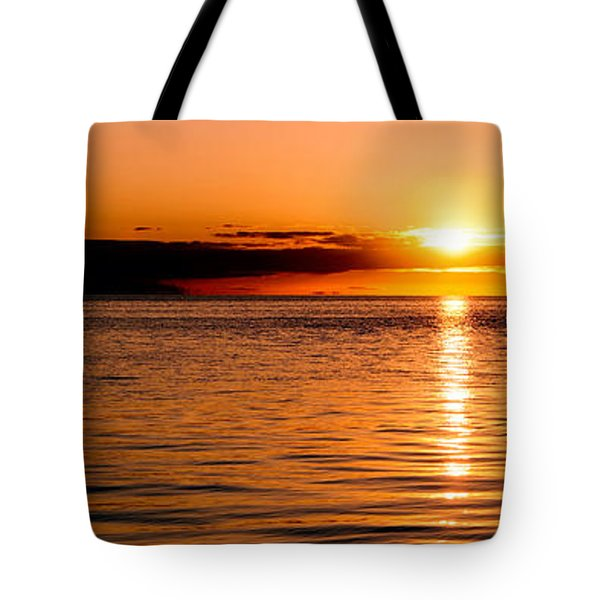 Tote Bag featuring the photograph Panoramic Photo Of Sunrise At Monkey Mia Of Australia by Yew Kwang