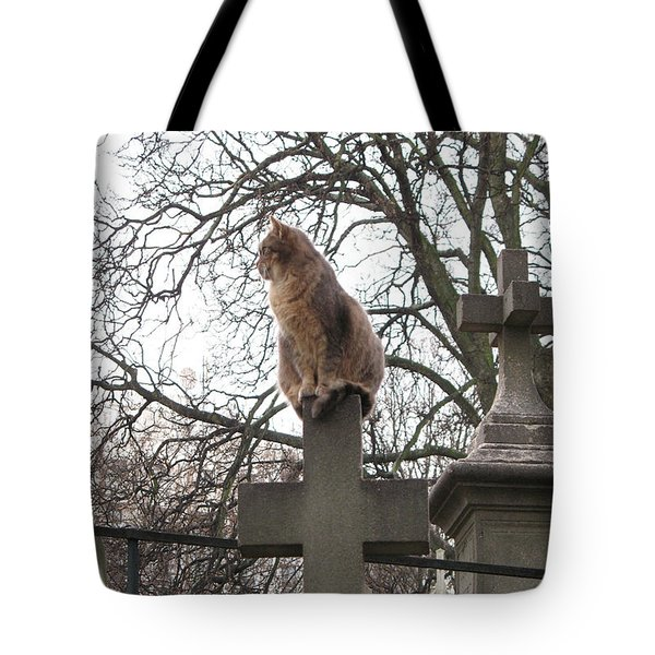 Paris Cemetery Cats - Pere La Chaise Cemetery - Wild Cats On Cross Tote Bag
