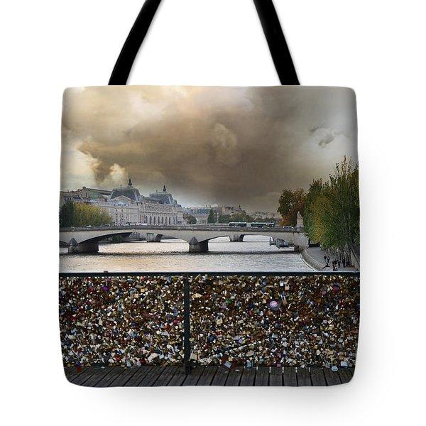 Paris Pont Des Art Bridge Locks Of Love Bridge - Romantic Locks Of Love Bridge View  Tote Bag