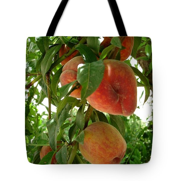 Tote Bag featuring the photograph Peaches On The Tree by Kerri Mortenson