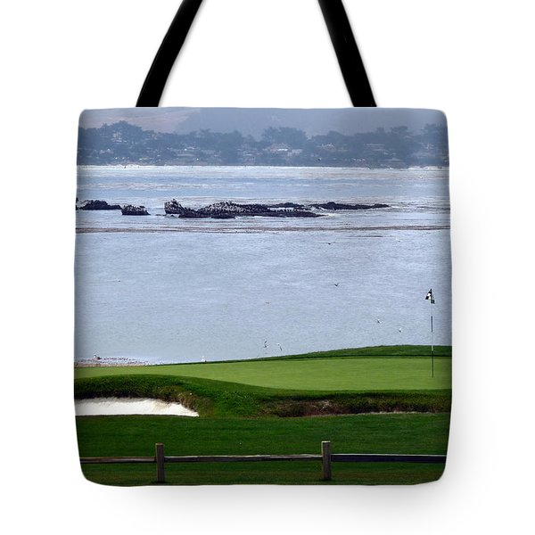 Pebble Beach 18th Flag Tote Bag