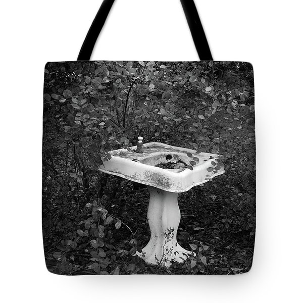 Peggy's Sink Tote Bag