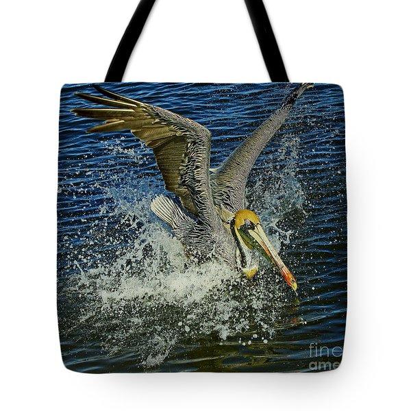 Pelican Splash Tote Bag by Larry Nieland