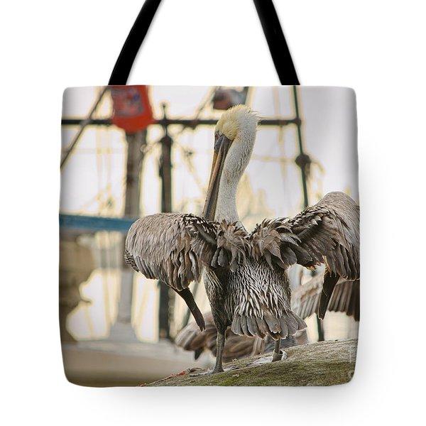 Pelican Strut Tote Bag