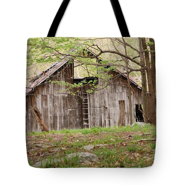 Pendleton County Barn Tote Bag