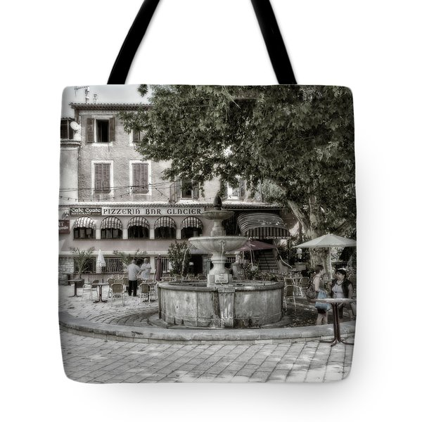 People On The Square Tote Bag