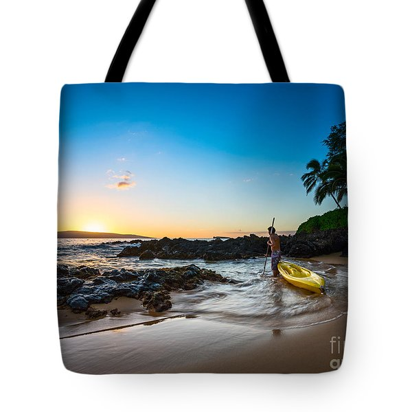 Perfect Ending - Beautiful And Secluded Secret Beach In Maui Tote Bag