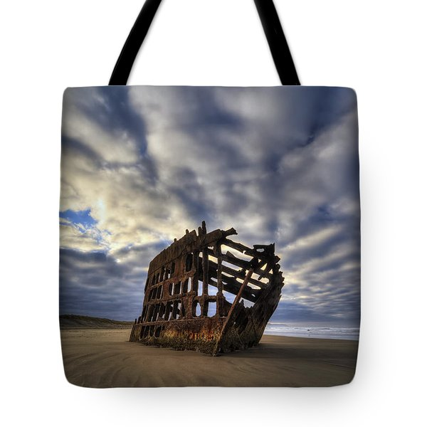Peter Iredale Shipwreck Sunrise Tote Bag