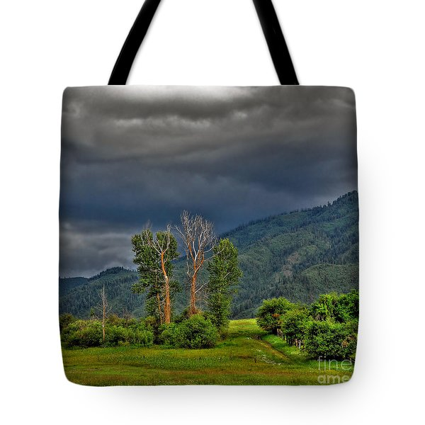 Petes Trees Tote Bag