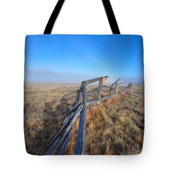 Tote Bag featuring the photograph Pettit Fog by David Andersen
