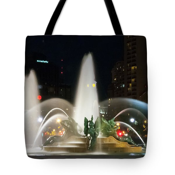 Tote Bag featuring the photograph Philadelphia - Swann Fountain - Night by Bill Cannon