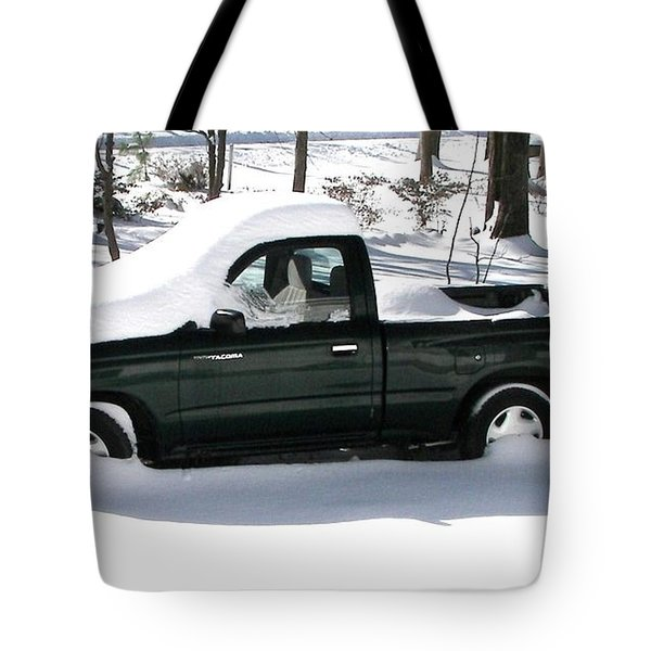 Tote Bag featuring the photograph Pickup In The Snow by Pamela Hyde Wilson
