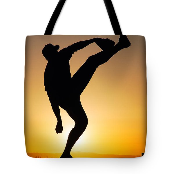 Pitching Form Tote Bag