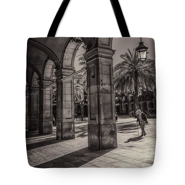 Placa Reial Shadows Tote Bag