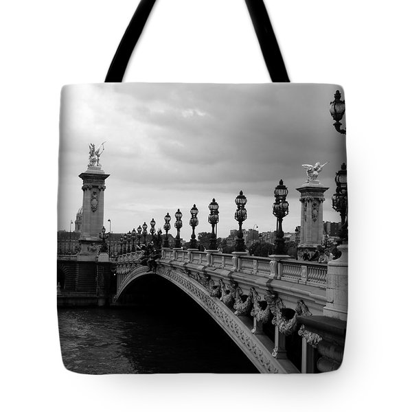 Tote Bag featuring the photograph Pont Alexander by Lisa Parrish