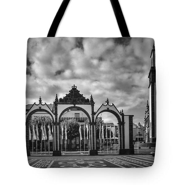 Ponta Delgada Gates Tote Bag