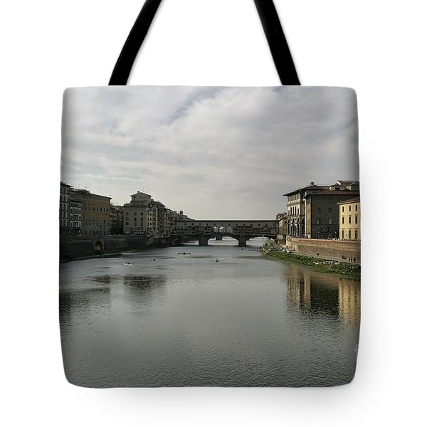 Tote Bag featuring the photograph Ponte Vecchio by Belinda Greb