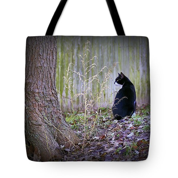 Portrait Of A Feline Tote Bag by Brian Wallace