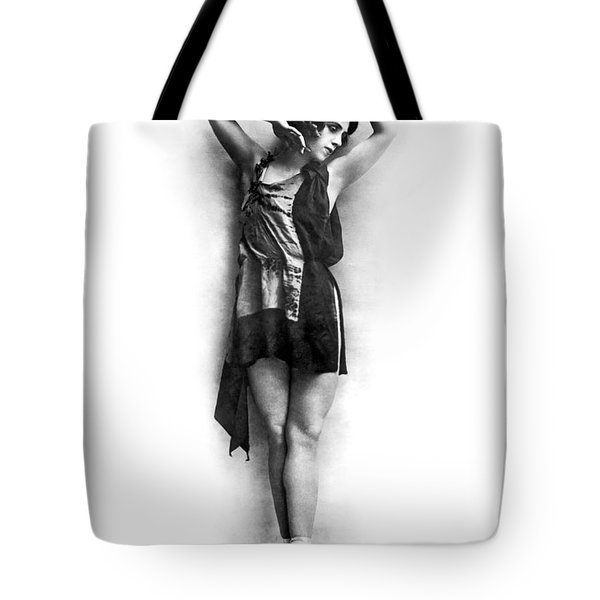 Portrait Of Dancer Agnes Boone Tote Bag by Underwood Archives