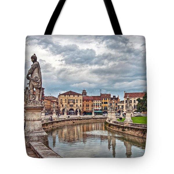 Prato Della Valle Tote Bag