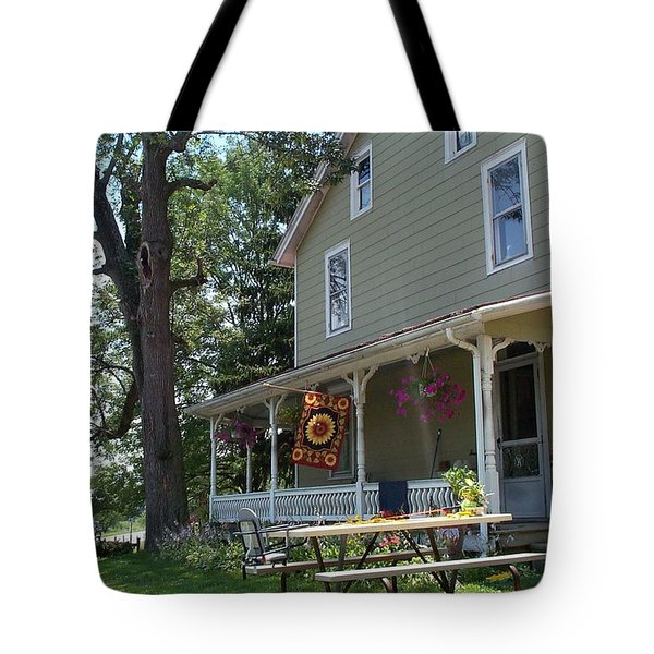 Tote Bag featuring the photograph Pretty In Pennsylvania by Barbara McDevitt