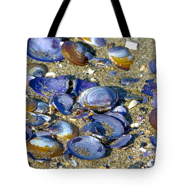 Purple Clam Shells On A Beach Tote Bag by Sharon Talson