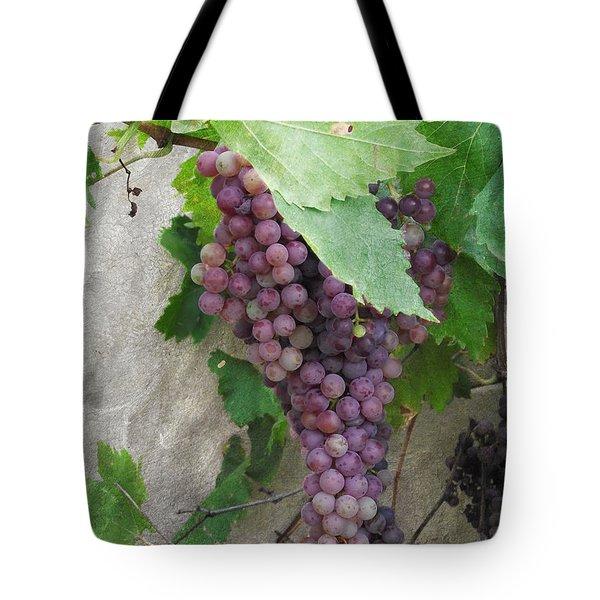 Purple Grapes On The Vine Tote Bag