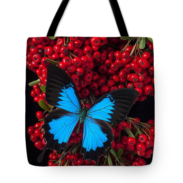 Pyracantha And Butterfly Tote Bag by Garry Gay