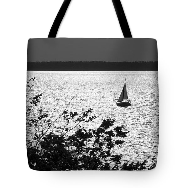 Quick Silver - Sailboat On Lake Barkley Tote Bag by Jane Eleanor Nicholas