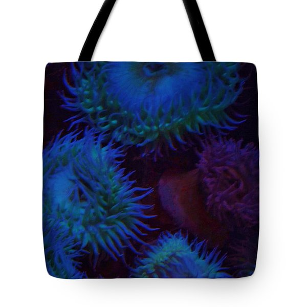 Quiet Undersea World Tote Bag