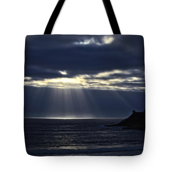 Rays Of Hope At Cape Kiwanda Oregon Tote Bag