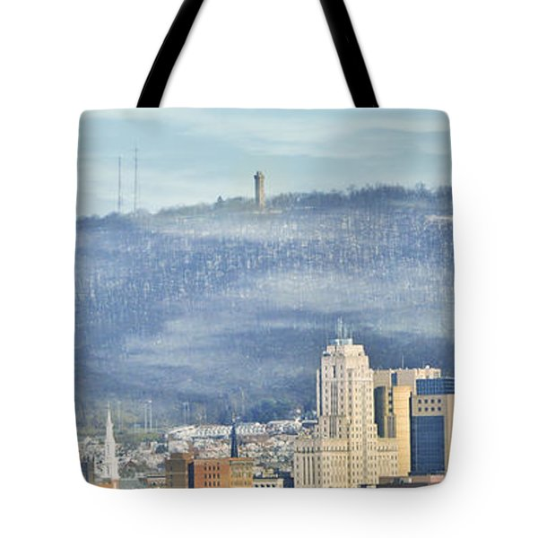 Reading Skyline Tote Bag