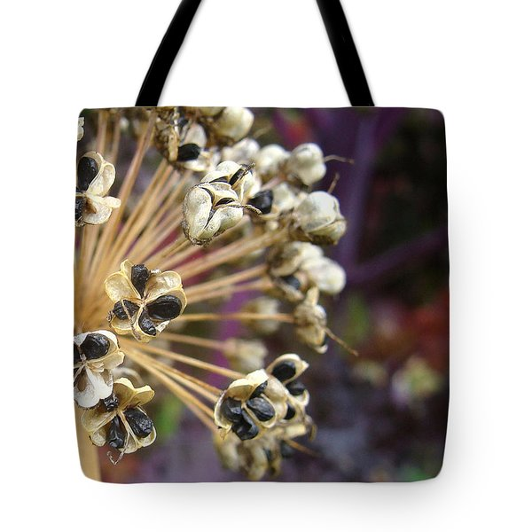 Tote Bag featuring the photograph Ready To Disperse by Cheryl Hoyle