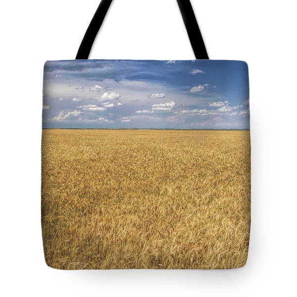 Tote Bag featuring the photograph Ready To Harvest by Rob Graham