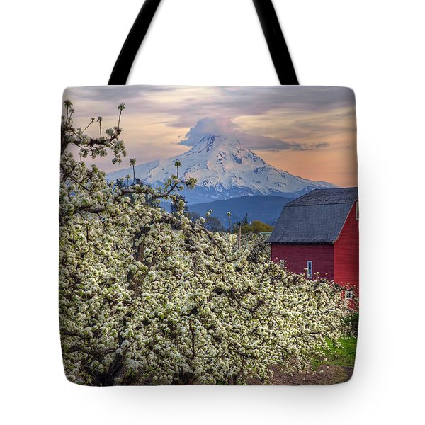 Red Barn In Hood River Pear Orchard Tote Bag