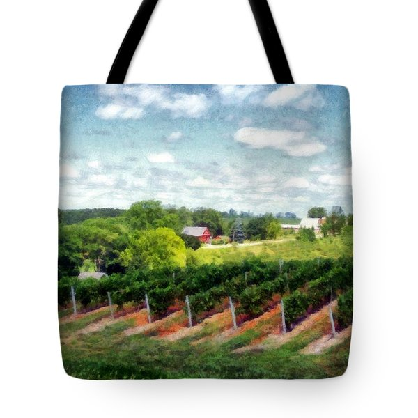Red Barn On Old Mission Peninsula Tote Bag