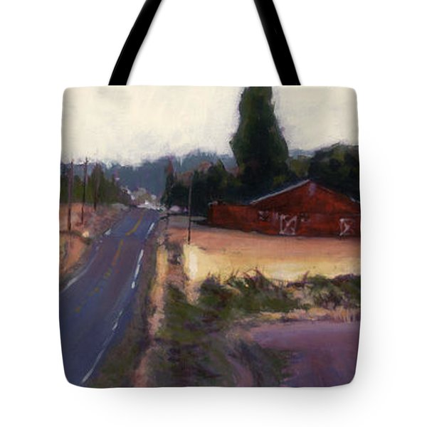 Red Barn - Rural Oregon Tote Bag