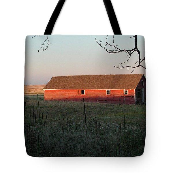 Red Granary Barn Tote Bag