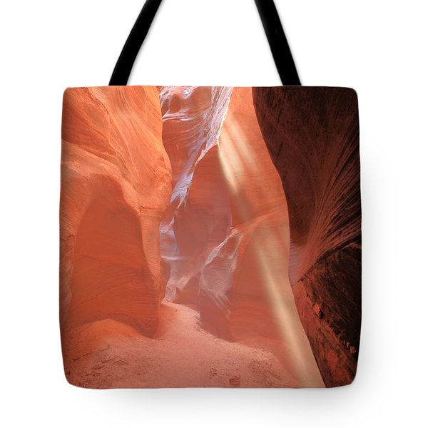 Red Rock Beam Tote Bag