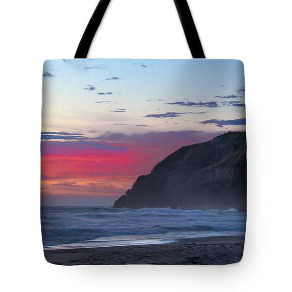 Red Sky At North Head Lighthouse Tote Bag by Robert Bales