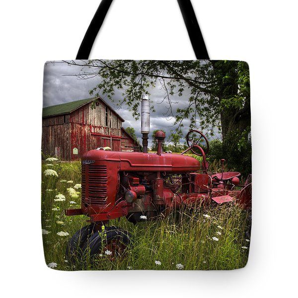 Reds In The Pasture Tote Bag