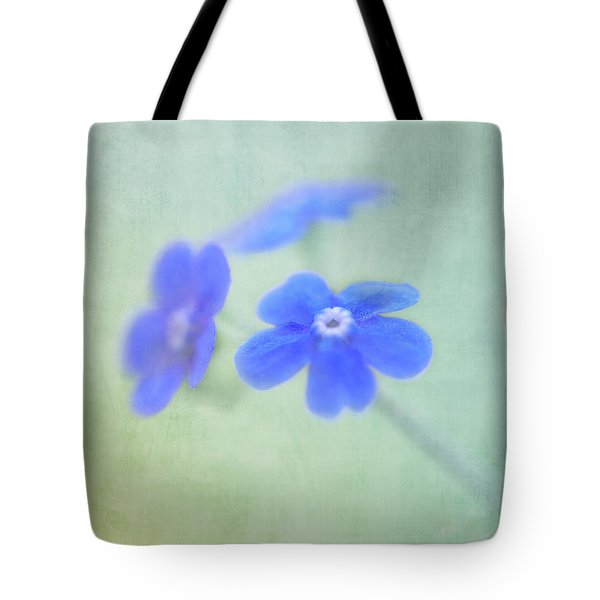 Tote Bag featuring the photograph Remember Me by Annie Snel