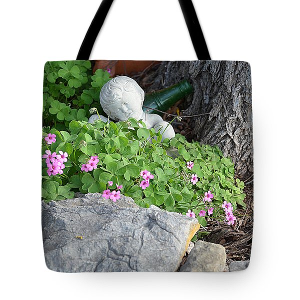 Tote Bag featuring the photograph Remember Me by Linda Cox