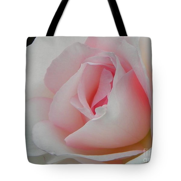 Tote Bag featuring the photograph Resplendent by Deb Halloran